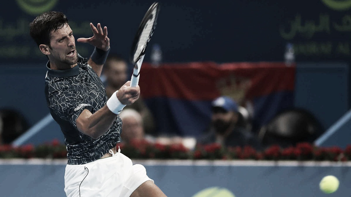Djokovic toma susto, mas vence Fucsovics de virada em Doha