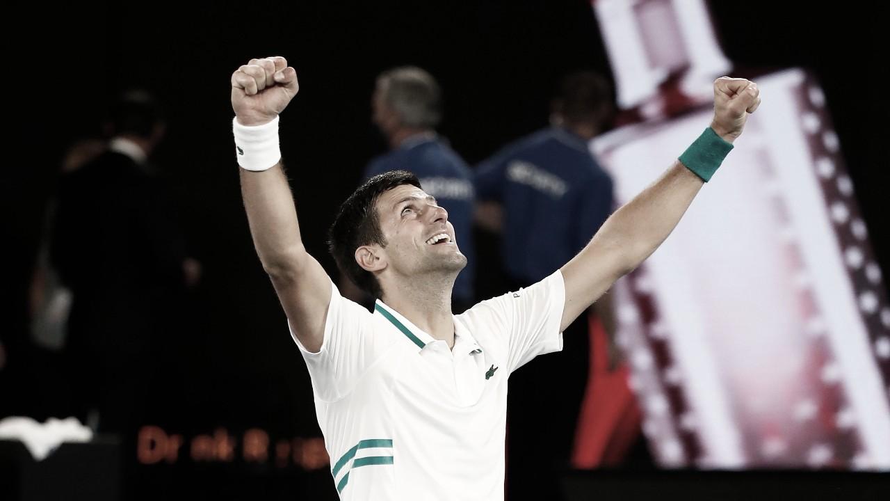 Djokovic não dá chances a Medvedev e conquista nono título do Australian Open