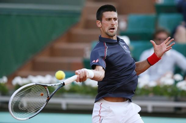 Roland Garros: Djokovic hace los deberes