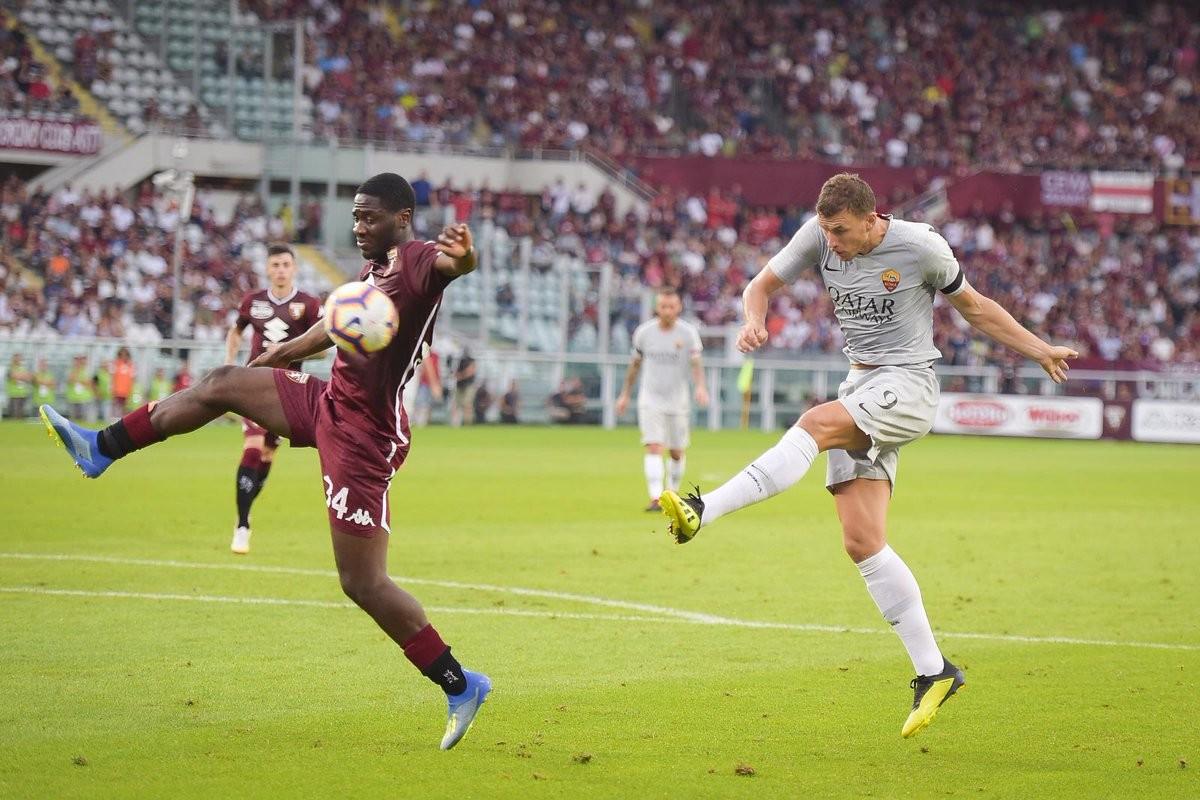 Dzeko fa il fenomeno e la risolve all'89': la Roma vince la prima contro il Torino (0-1)