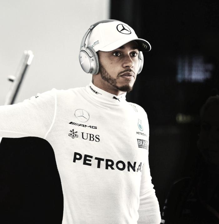 """Hamilton vede il bicchiere mezzo pieno: """"Sensazioni più normali rispetto a Sepang"""""""