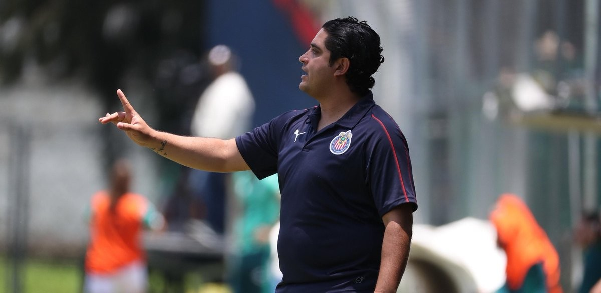 """Luis Camacho: """"Contentos porque sumamos de 3"""""""
