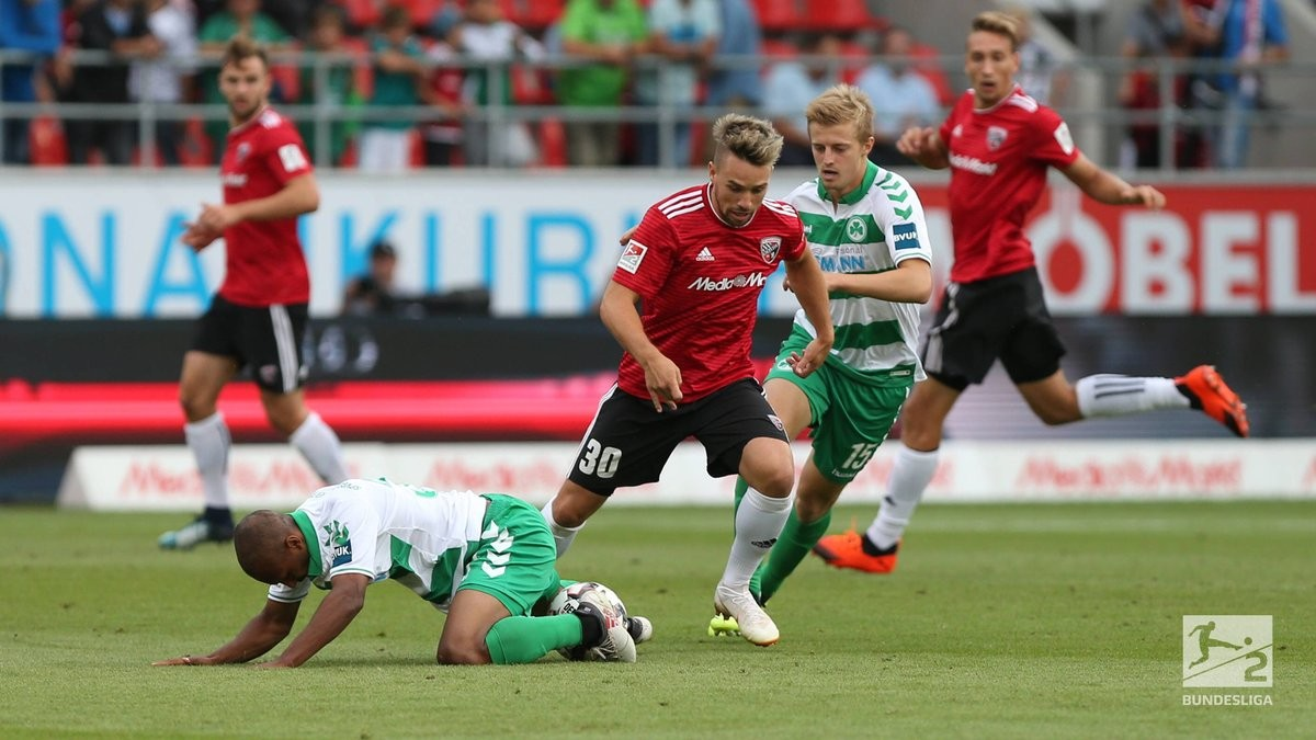 FC Ingolstadt 04 1-1 SpVgg Greuther Fürth: Thorsten Röcher saves point for wasteful hosts