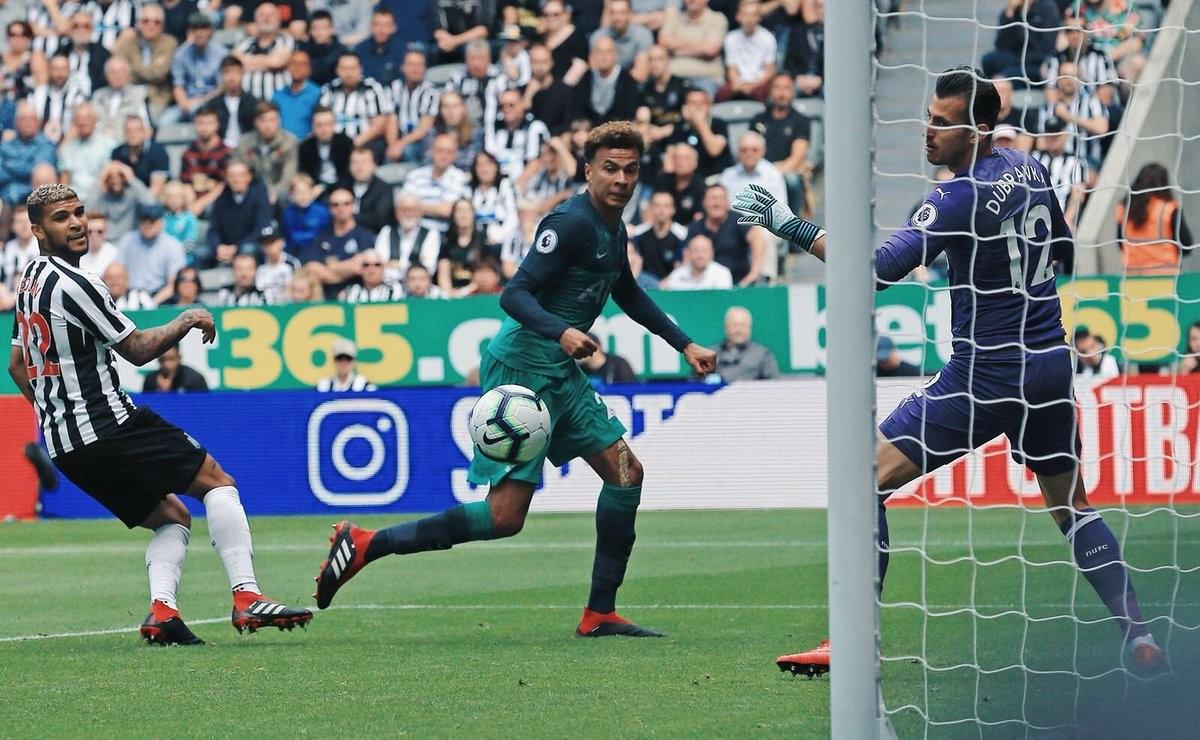 Premier League - Jan e Dele, il Tottenham parte con il piede giusto a Newcastle upon Tyne (1-2)