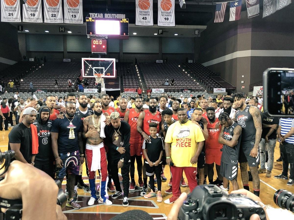 NBA: Gentile farà la pre-season nei Rockets