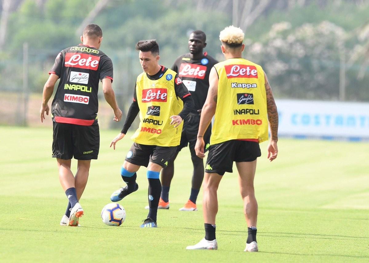 Napoli, armi ai titolarissimi anche contro il Milan