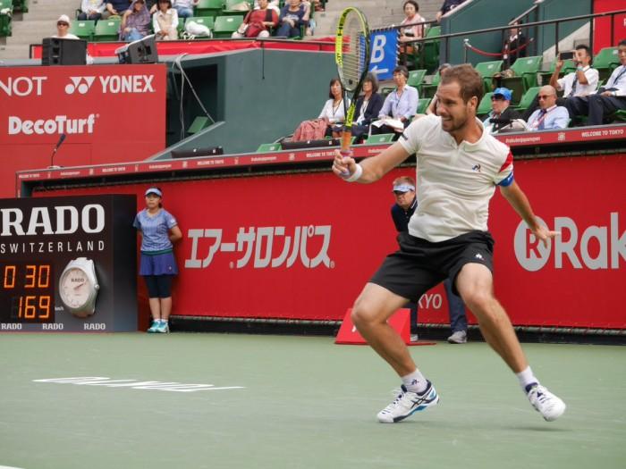 ATP Tokyo - Bene Raonic, Gasquet sorprende Querrey