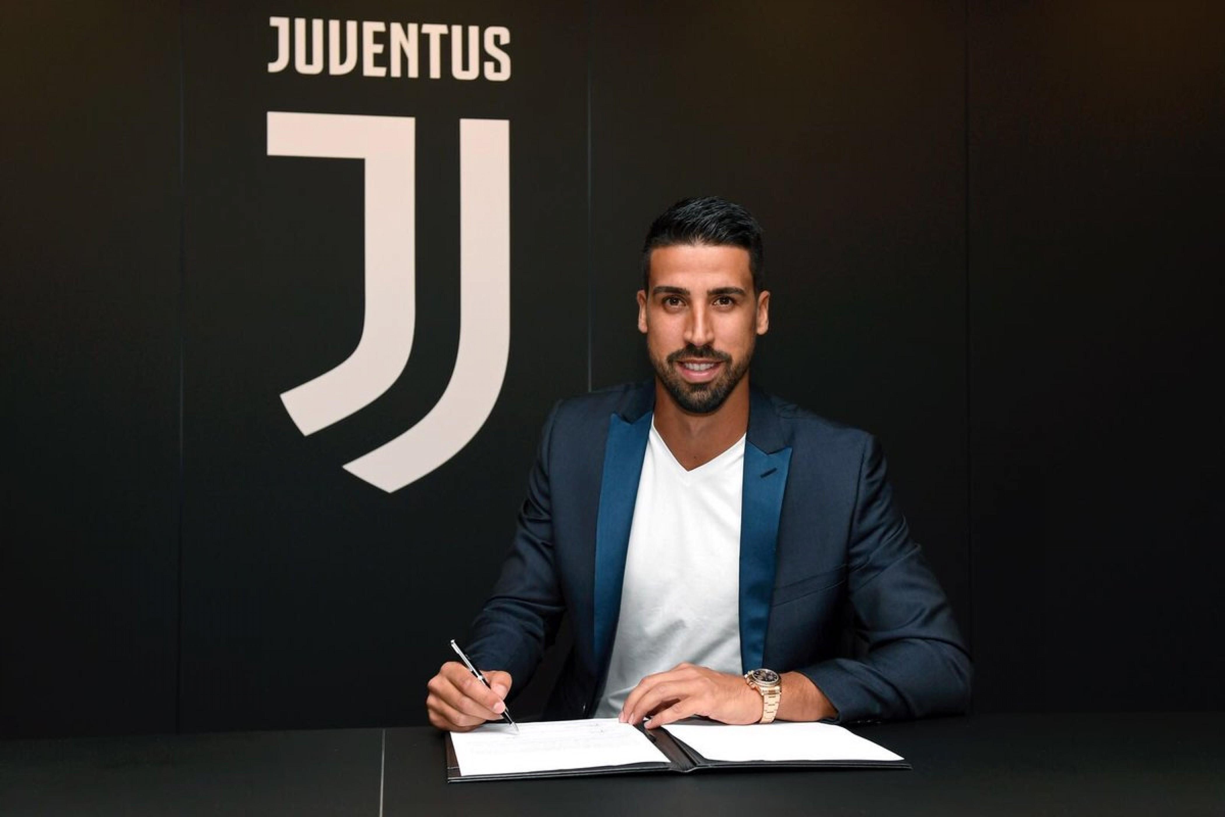 Juventus - Le ultime del campo, rinnova Khedira