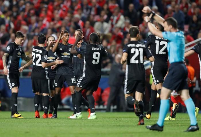 Champions League - Papera di Svilar e lo United vince, ora al Benfica serve il miracolo (0-1)
