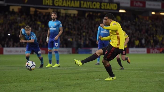 Premier League: Cleverley al 92' dona i tre punti al Watford, harakiri Arsenal (2-1)