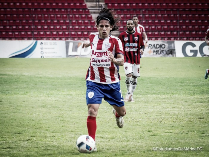 """Jesús """"La Pulga"""" Gómez: """"Siempre vamos a intentar darle buen manejo y tener la pelota"""""""