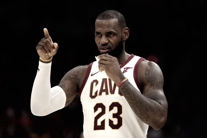 Hayward sofre grave lesão e Cavaliers bate Celtics na abertura de temporada da NBA