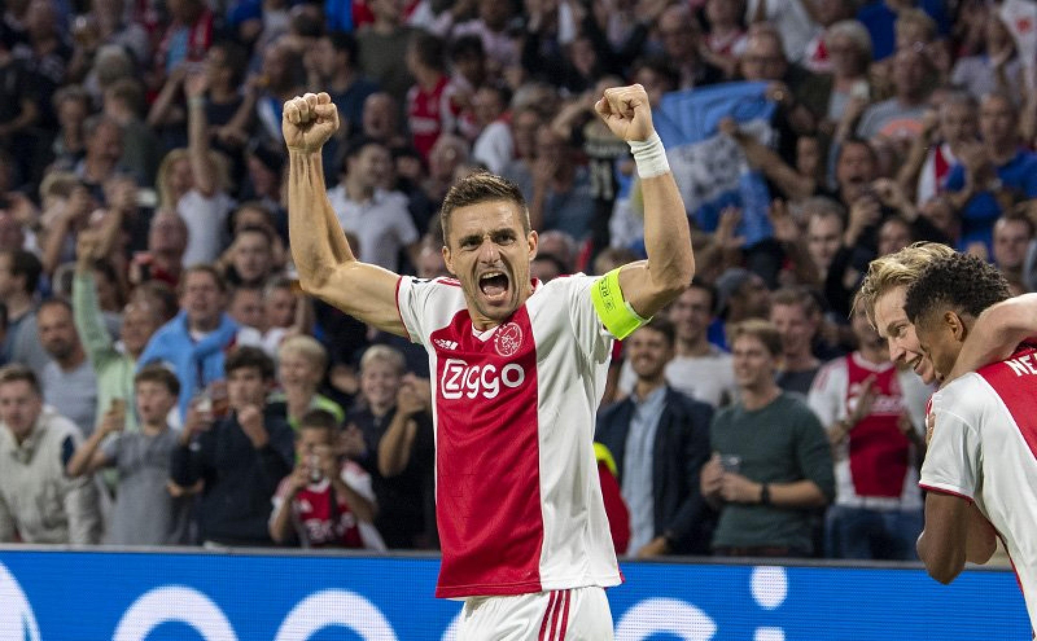 Champions League: l'Ajax dilaga contro l'AEK, mentre lo Shakhtar impatta sull'Hoffenheim