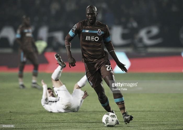Danilo Pereira: a consistência azul e branca