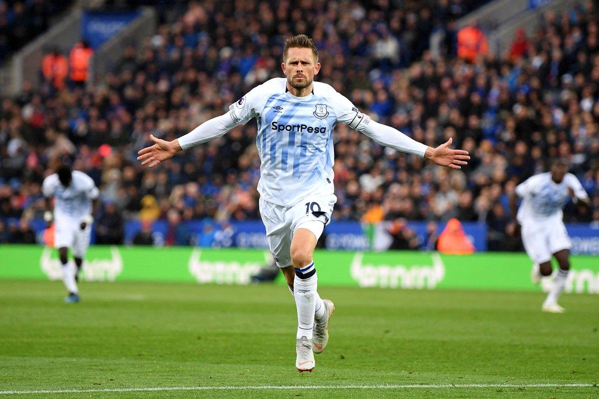 Leicester City 1-2 Everton: Sigurdsson's screamer secures points for Silva's Blues