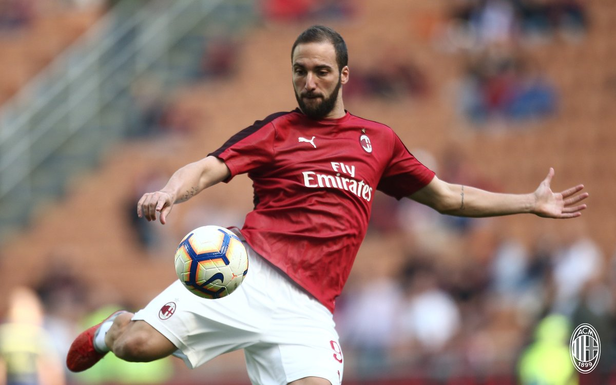 Milan, il derby lo spartiacque della stagione col miglior Higuain di sempre