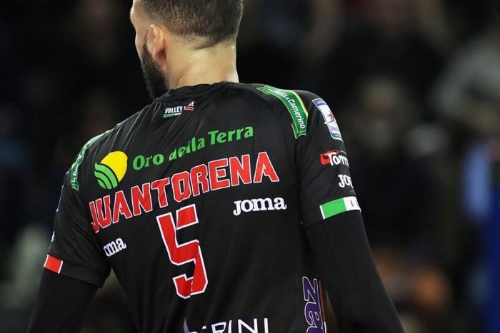 Volley M - La Sir Safety Perugia guida solitaria la classifica della Superlega UnipolSai