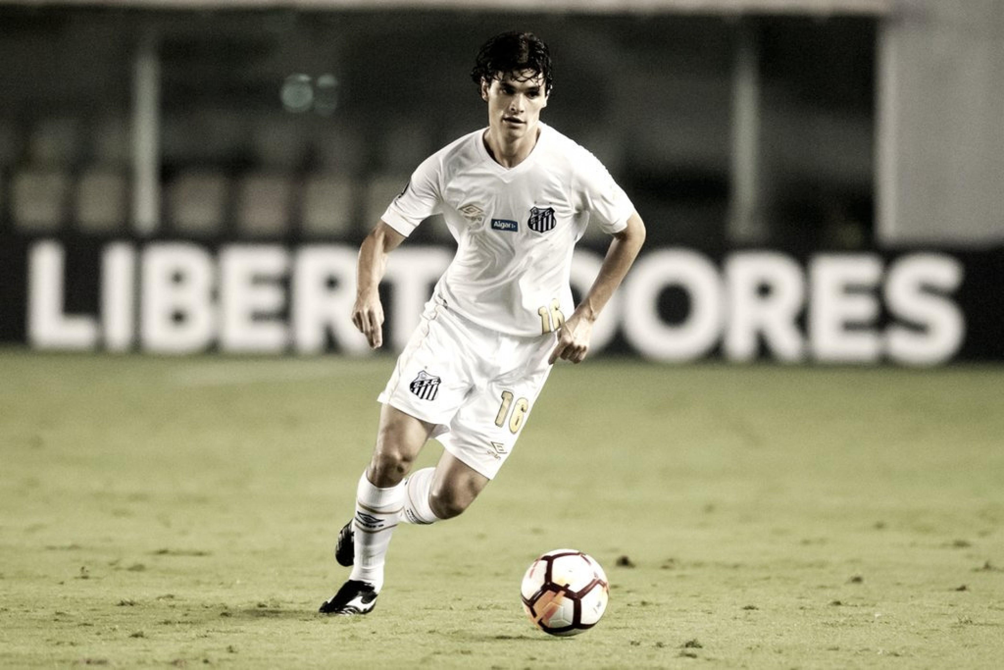 Santos quer reduzir salário para manter Dodô no clube