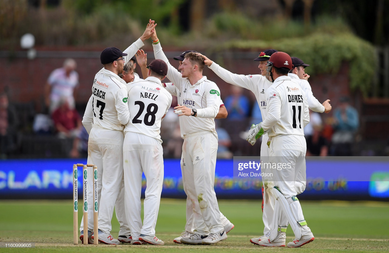 County Championship Roundup - Somerset march on