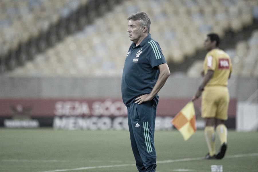 Domènec Torrent avalia Flamengo mais confortável e critica loucura do futebol brasileiro