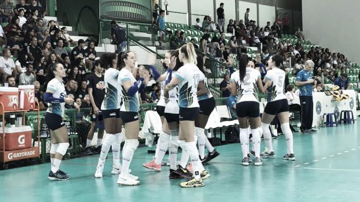 Sesc-RJ atropela Brasília Vôlei e assume liderança provisória da Superliga Feminina