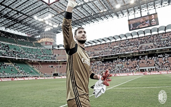 Agente e Donnarumma divergem sobre seu futuro no Milan