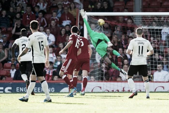 Aberdeen não aproveita oportunidades e só empata com Inverness pela Premiership