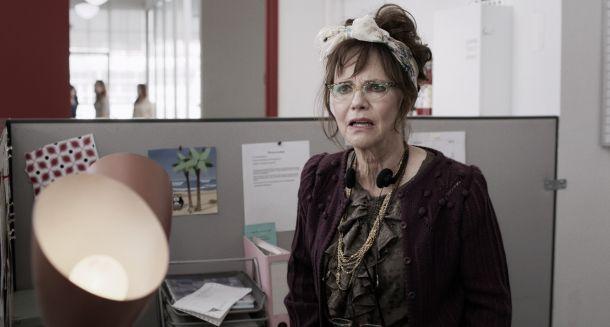 Tráiler de 'Hello, My Name Is Doris', protagonizada por Sally Field