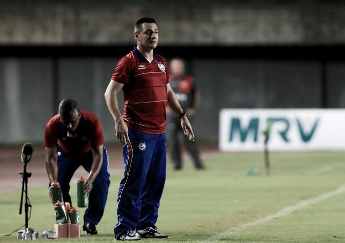 """Doriva comemora sequência vitoriosa do Bahia: """"Equipe cresceu com Cajá e Régis"""""""