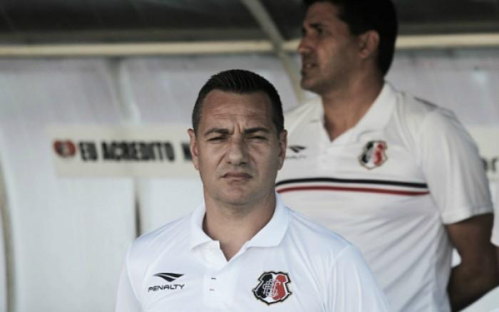 Doriva poupa Tiago Cardoso e indica titulares no Santa contra Independiente Medellín