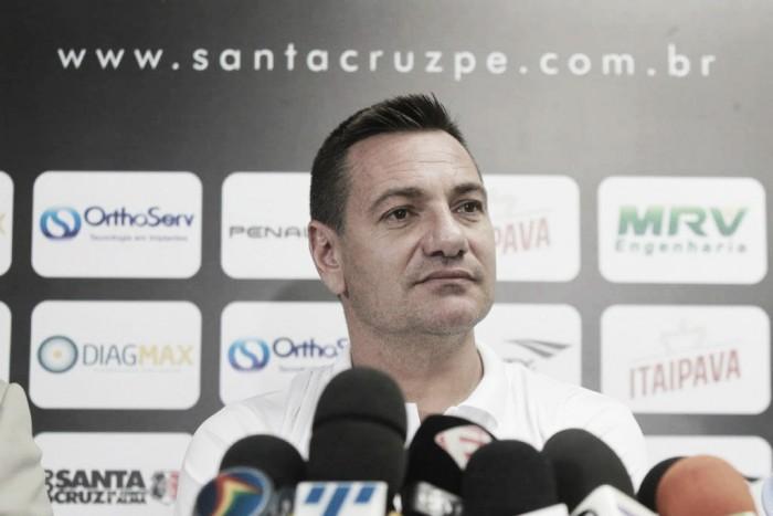 Doriva admite iminência na reação do Santa Cruz: ''Primeiro precisamos entrar no competição''