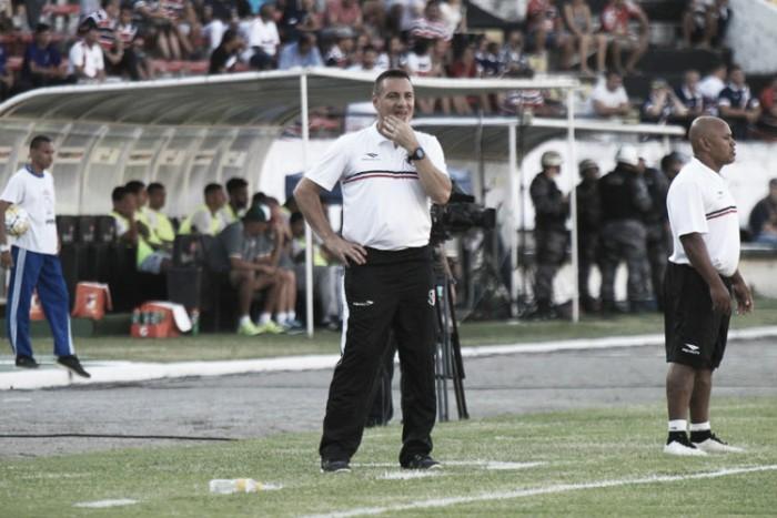 """Após mais uma derrota do Santa Cruz, Doriva admite: """"Essa semana foi desastrosa"""""""