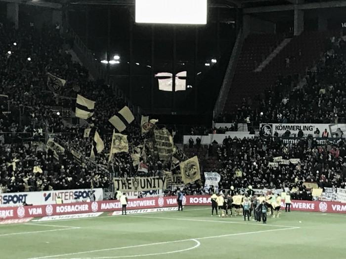 El Dortmund recupera la sonrisa con Stöger