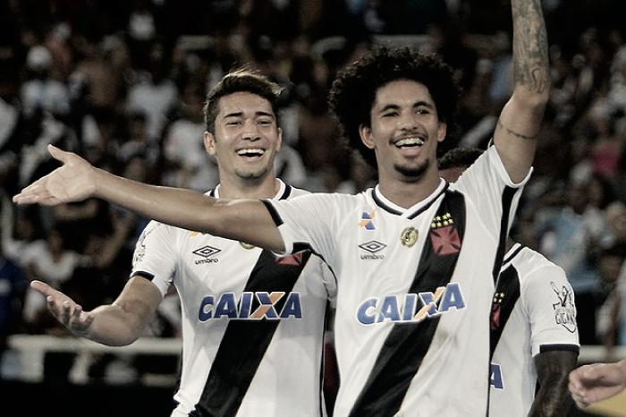 Após ser sondado por clubes europeus, Vasco renova com Douglas Luiz até 2021