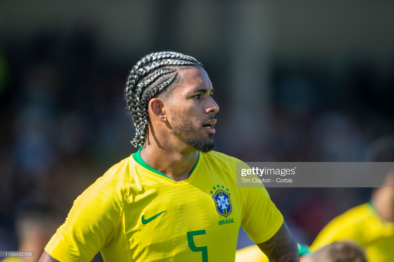 Aston Villa announce signing of Douglas Luiz from Manchester City