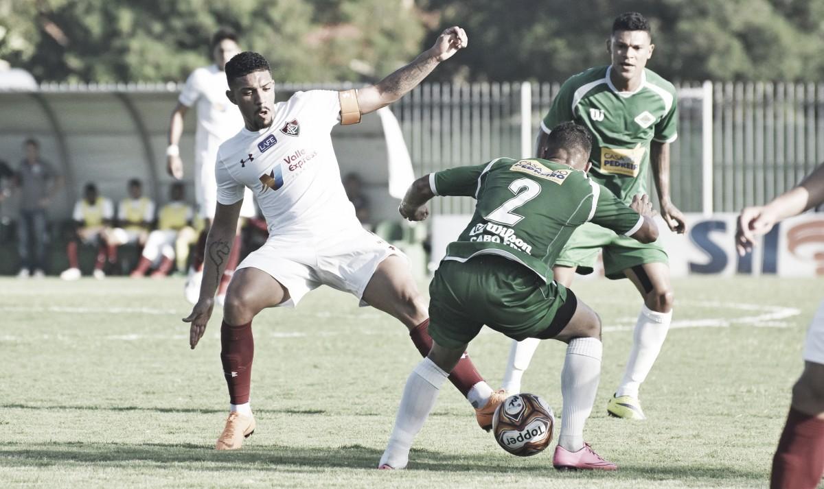 Com proposta do Corinthians, Douglas está perto de deixar o Fluminense