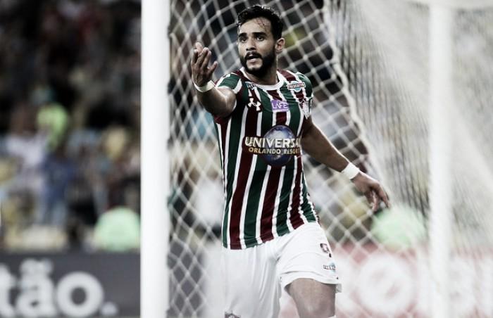 """Dourado lamenta empate contra Coritiba: """"Trocaria gol pela vitória"""""""