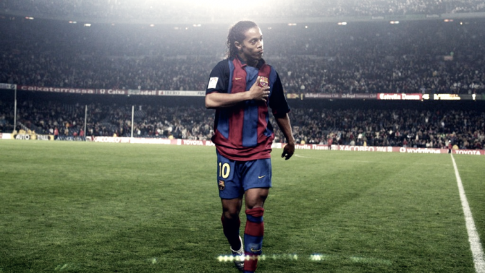 Il saluto di Ronaldinho sui social