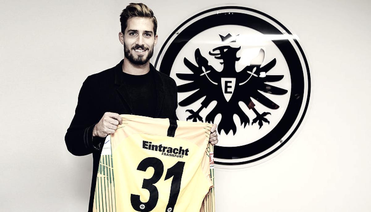 De volta ao lar!Eintracht Frankfurt oficializa contração do goleiroKevin Trapp