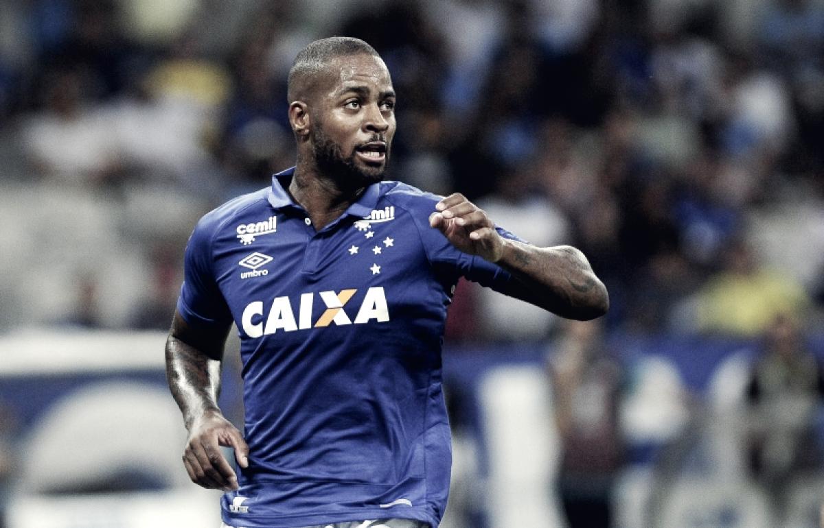 """Dedé comemora marca de 100 jogos pelo Cruzeiro: """"Batalhei demais para estar aqui"""""""