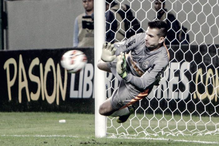 Atlético-MG vence após queda energia no Horto; situação se repetiu na Libertadores de 2013