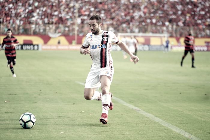 """Éverton Ribeiro lamenta derrota, mas ainda crê em título na Sul-Americana: """"Otimismo é grande"""""""