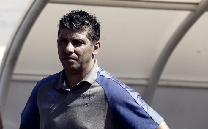 """Derrota e eliminação chateiam auxiliar técnico do Cruzeiro: """"Não atingimos nosso objetivo"""""""