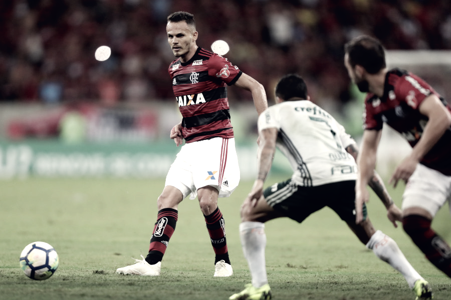Em jogo dos líderes, Flamengo e Palmeiras empatam no Maracanã