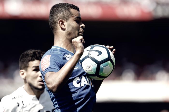 """Em busca de mais um título com o Cruzeiro, Alisson fala de sonho: """"Espero fazer gol na final"""""""