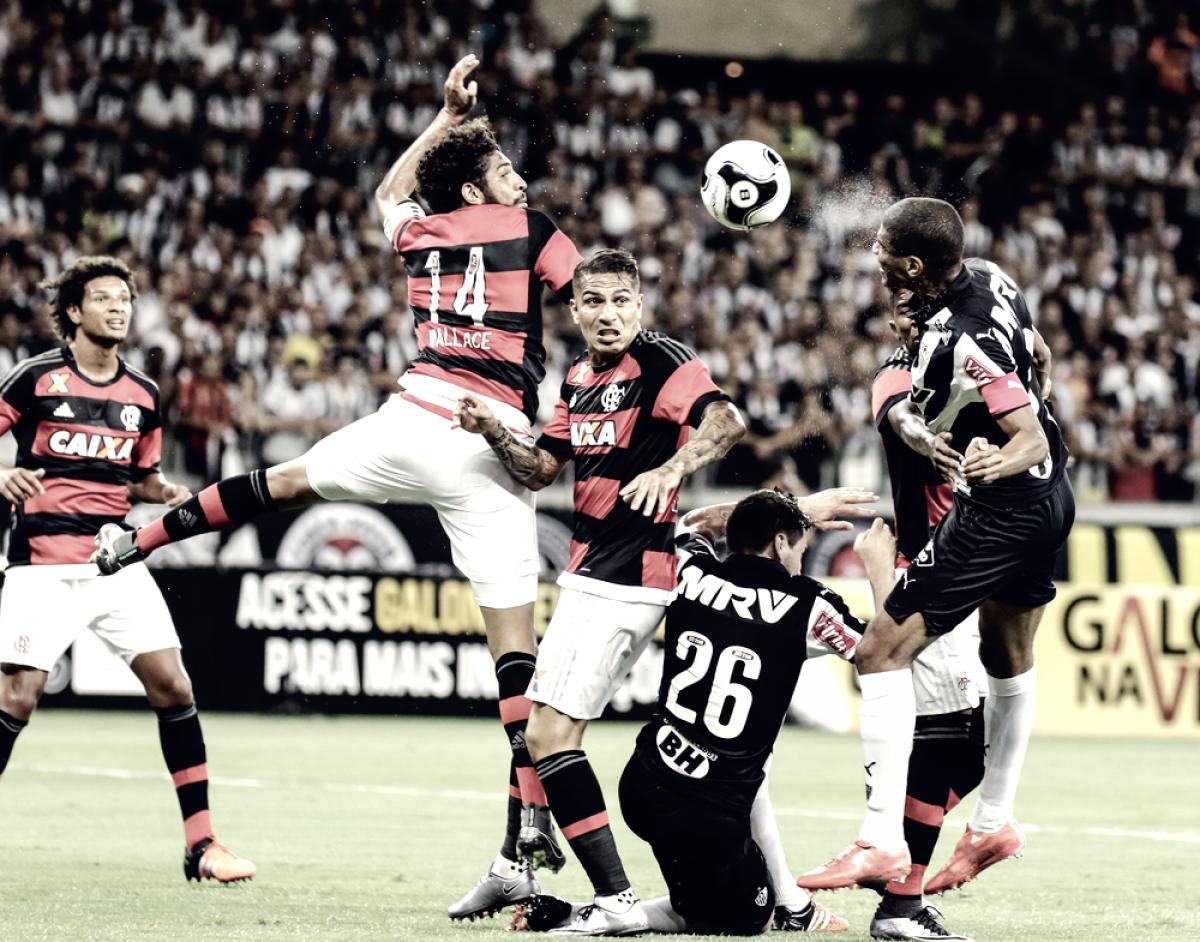 Atlético-MG e Flamengo duelam pelo primeiro lugar do Brasileirão
