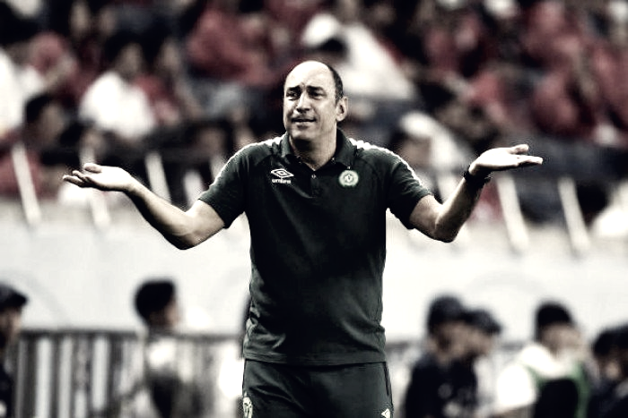 Fim da linha: Vinícius Eutrópio não é mais treinador da Chapecoense