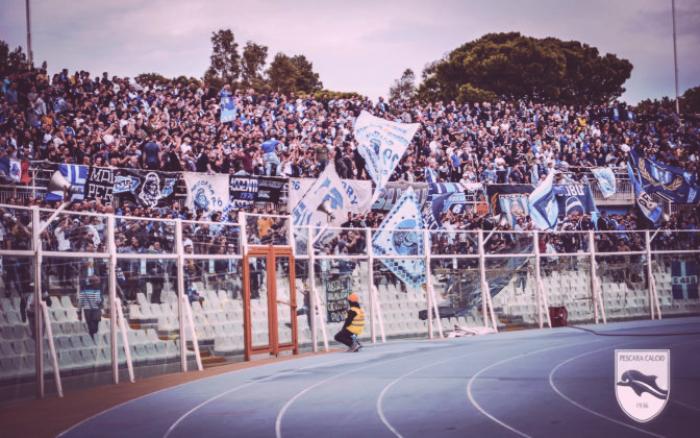 """Pescara - La contestazione dei tifosi: """"Vi lasceremo soli con la vostra vergogna"""""""