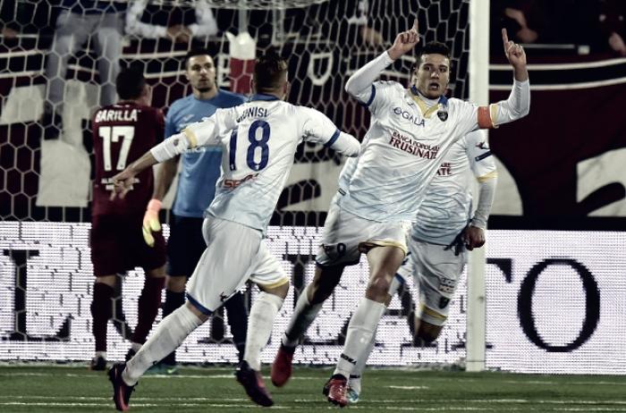 Serie B - Il Frosinone demolisce il Trapani e vola al primo posto: 1-4 al Provinciale