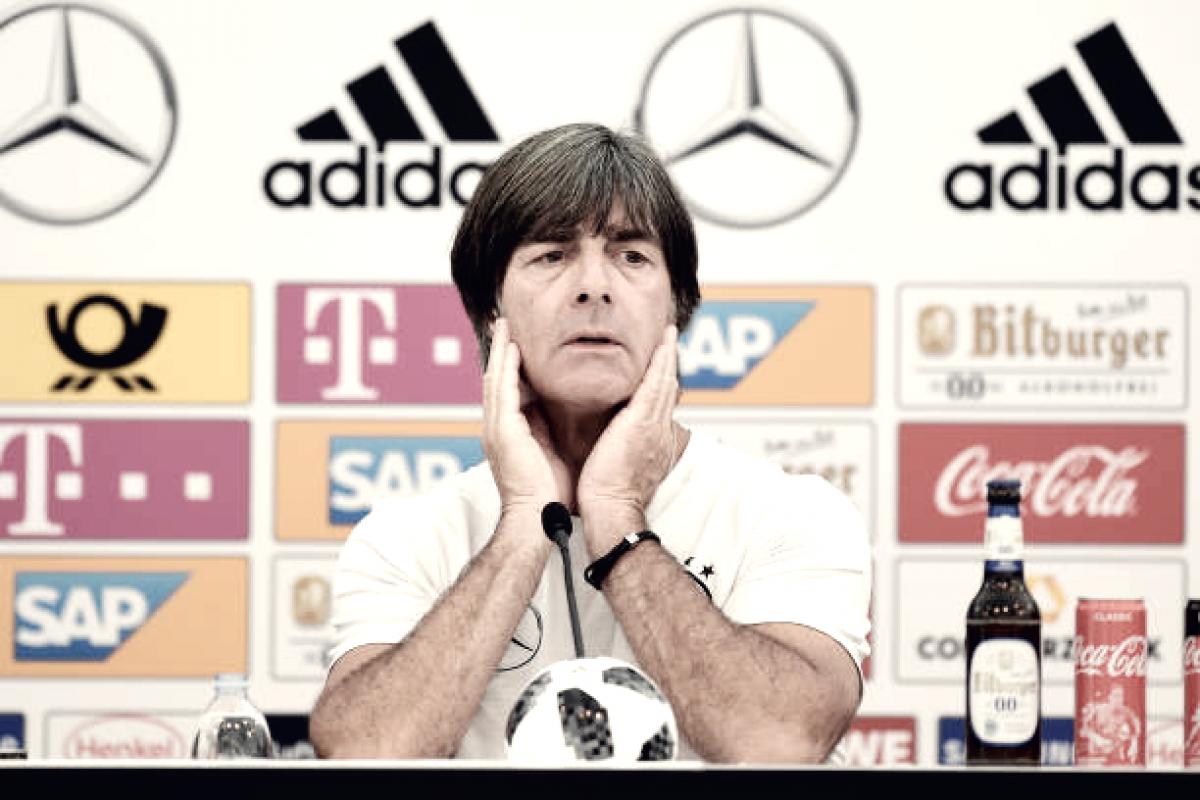 """Joachim Löw mostra insatisfação com revés em amistoso: """"Há muito trabalho a fazer"""""""